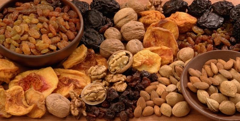 Los beneficios de la comida y la fruta deshidratada